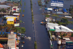 restoring Thailand flooding streets